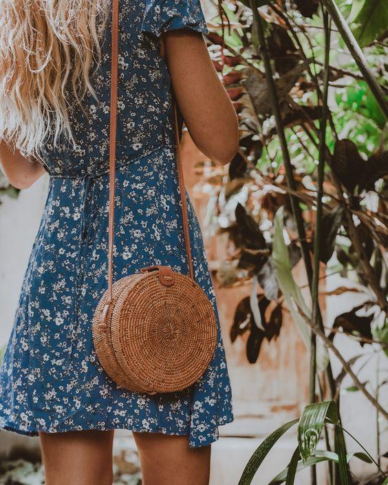 Bu Sezonun Modası Hasır Çantalar