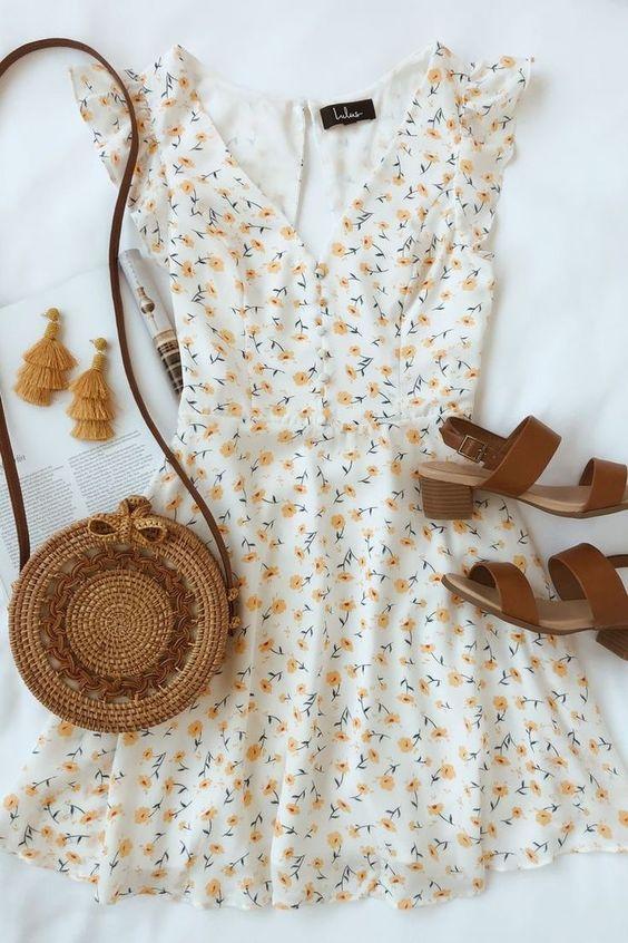Çiçek Desenli Elbise Kombinleri
