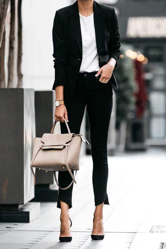 İş Görüşmesinde Ne Giyilir Ne Giyilmez