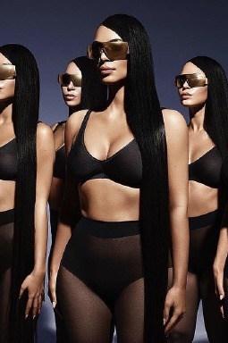 Kim Kardashian Gözlükleri
