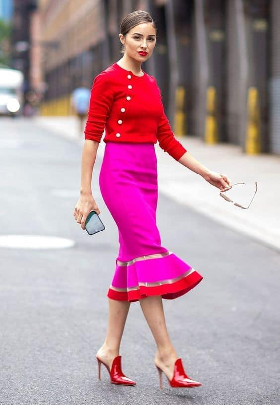 Pembe Rengini Kıyafetlerinizle Nasıl Kombinlersiniz?