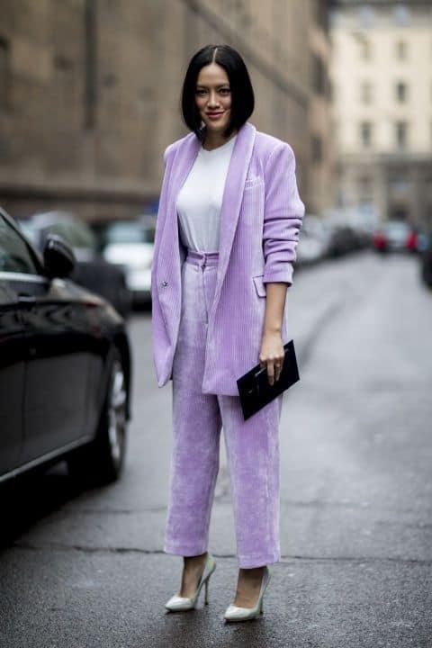Üç Renk ile Monokrom Giyim