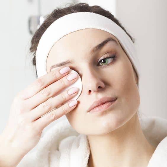 Uyumadan Önce Yüz Temizleme Rutini Nasıl Olmalı ?